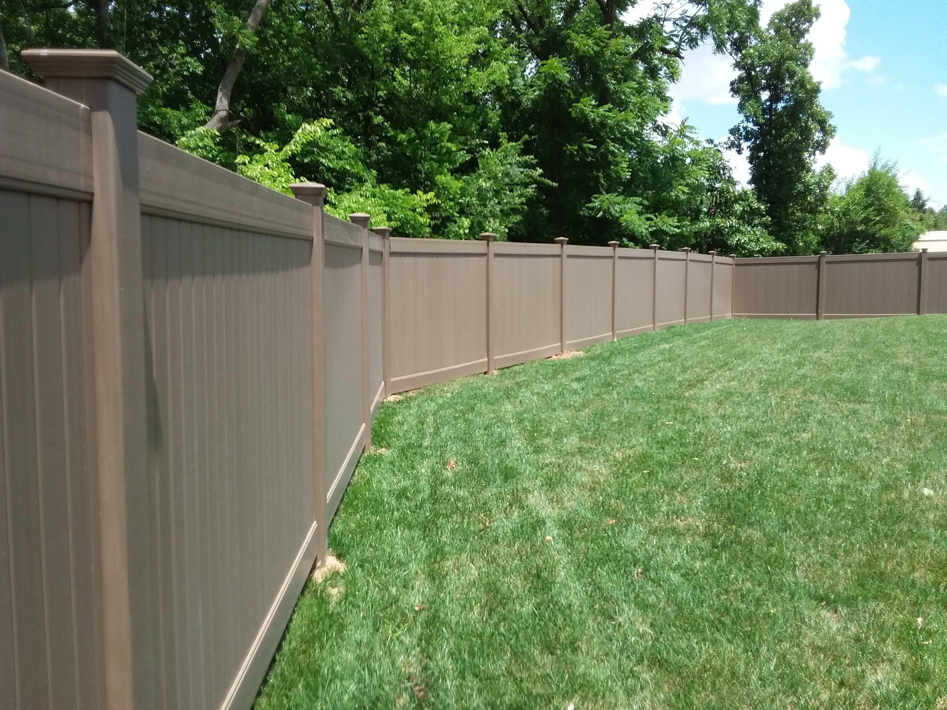 Vinyl Privacy fence (5)-min